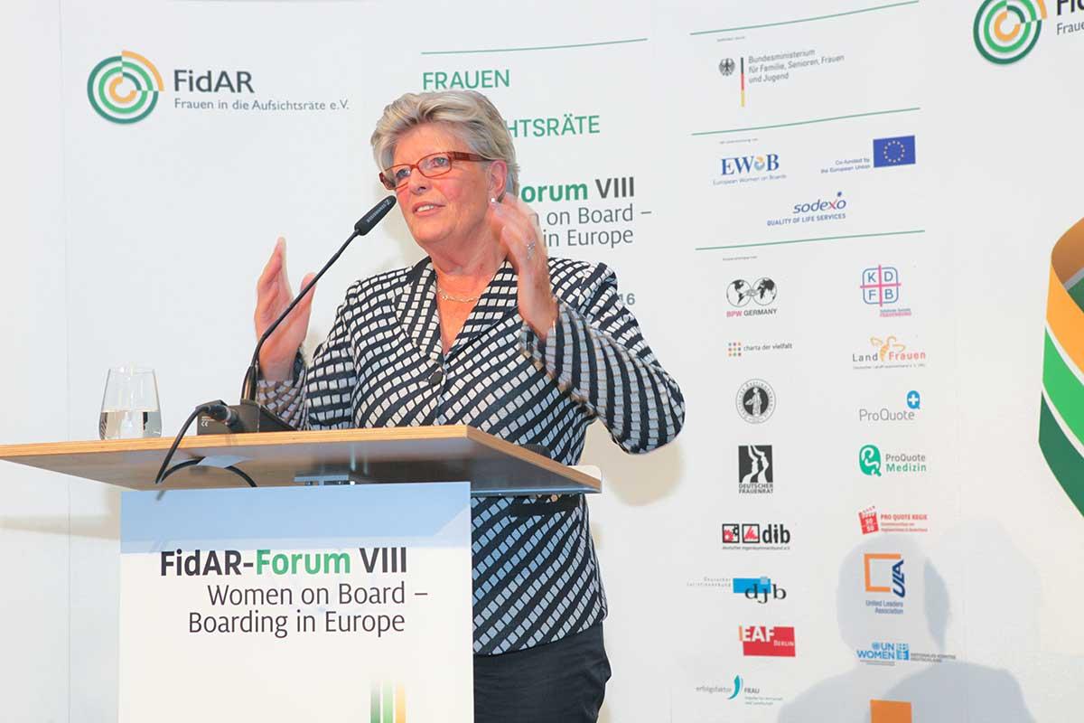 Monika Schulz-Stresow, Präsidentin FidAR e.V.